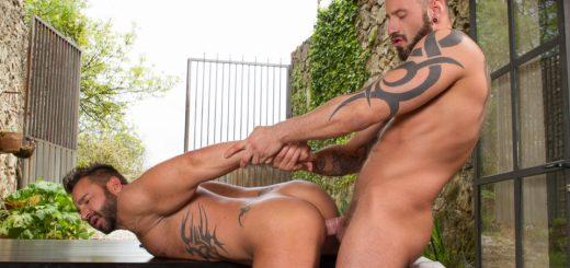 Hung Country - Martin Mazza and Antonio Miracle