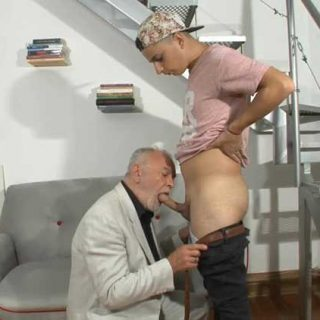 My First Daddy - I Convinced a Straight Boy to Fuck Me