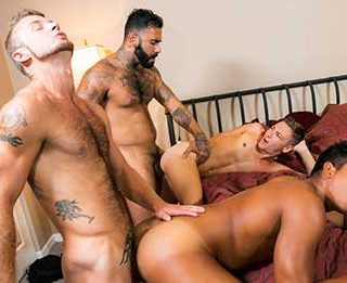 We all miss getting out of the house and enjoying a good time with the boys! Jay Seabrook, Johnny Hunter, Chad Taylor, and Rikk York manage to get away for the weekend....